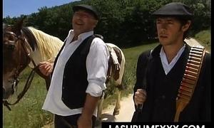 Film: L&rsquo_eredit&agrave_ di Don Raff&egrave_ Part. 3 of 5