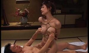 Tempting Oriental babe wide vassalage gets screwed fast