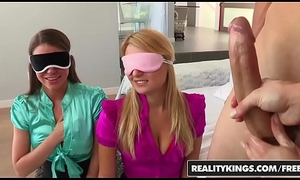 CFNM 4some with (Ash Hollywood, Natalia Starr, Brooklyn Chase) - For sure Kings