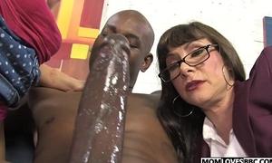 Alexandra Silk pile up with nipper Casey Cumz allotment a gargantuan treacherous dickk